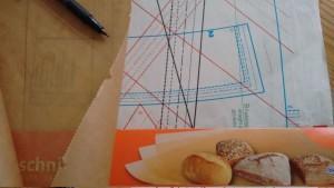 Schnittmuster aus Backpapier