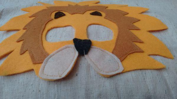 Löwenmaske nähen Anleitung 7