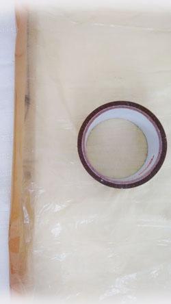 Probemodell aus gelben Säcken und Klebeband - Seitennaht