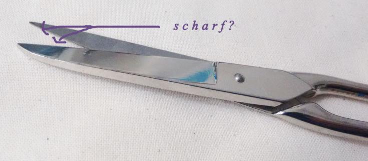 Zuschneiden - scharfe Schere