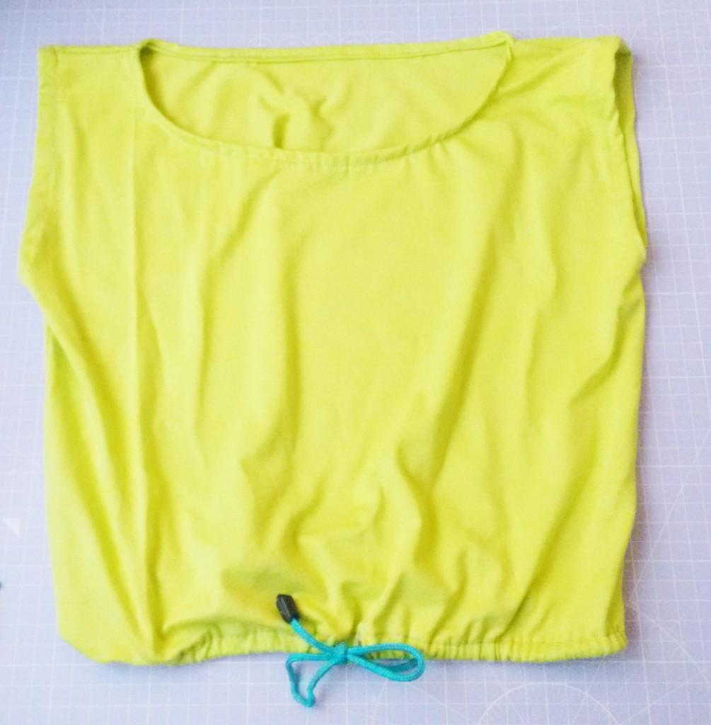 Einfaches Shirt nähen - Schnittmuster aus Quadrat erstellen